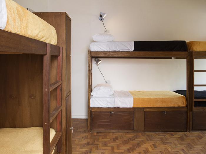 Quarto 25 de Março - Garoa Hostel